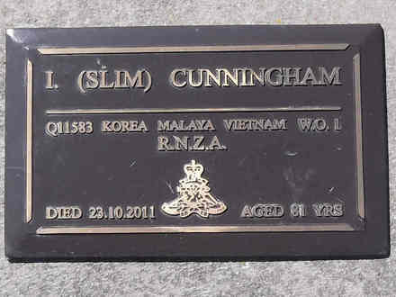 Headstone of WO 1 Ian Herbert Cunningham Q11583. Greenpark RSA Cemetery, Dunedin City Council Block 1A, Plot 389. Image kindly provided by Allan Steel CC-BY 4.0.