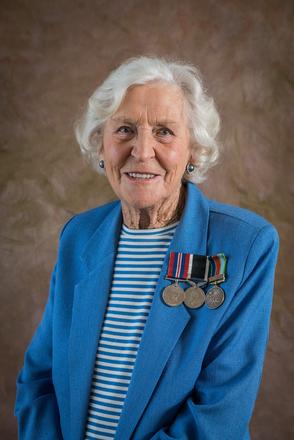 Portrait of Rae Dempsey, W3324 (2014). © NZIPP Photograph by Chris Traill 9999-5210. CC-BY-NC-ND 4.0.