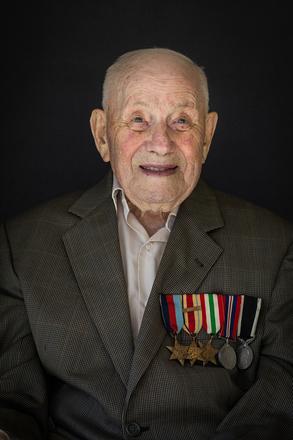 Portrait of Laurence Herbert Neale, 47829 (2014). © NZIPP Photograph by Juliette Capaldi 9999-7555. CC-BY-NC-ND 4.0.