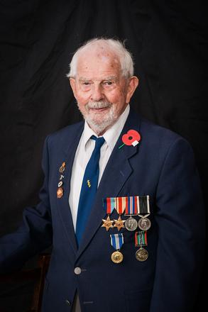 Portrait of Vernan Brown, 11886 (c.2013-2014). © NZIPP Photograph by Tracey Robinson 9999-2679. CC-BY-NC-ND 4.0.