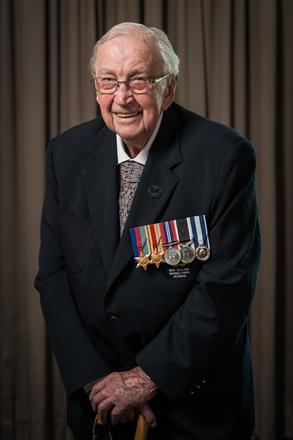 Portrait of Frank Harlow, 1221 (c.2013-2014). © NZIPP Photograph by Jason Naylor 1275-7266. CC-BY-NC-ND 4.0.