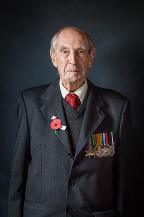 Portrait of Tom Landreth, 72393 (2014). © NZIPP Photograph by Nicola Wilhelmsen 1170-7468. CC-BY-NC-ND 4.0.