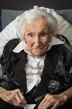 Portrait of Majorie Glucina (2014). © NZIPP Photograph by  Lester de Vere 9999-2017. CC-BY-NC-ND 4.0.