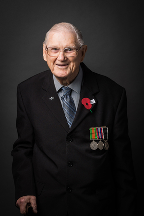 Portrait of Robert James Hurdle, NZ2085 (2014). © NZIPP Photograph by  Laura Smith 1276-7329. CC-BY-NC-ND 4.0.