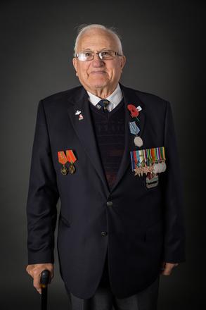 Portrait of Frank Jones, 723787 (2014). © NZIPP Photograph by  Jane Nelson 1247-7249. CC-BY-NC-ND 4.0.