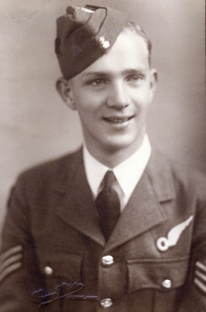 Photograph of Ewan Brooking (Brookie) in Air Force Uniform. Image kindly provided by Bryan Brooking. (December 2020).