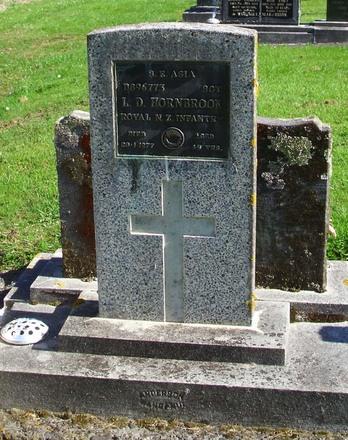 Gravestone of Sergeant Lawson Dudley Hornbrook, Ohakune Cemetery, Ohakune. Image kindly provided by Glennise Ferguson (2021).