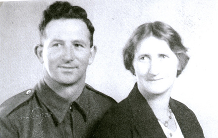 Family Group, WW2, soldier Arthur Anderson and his wife - This image may be subject to copyright