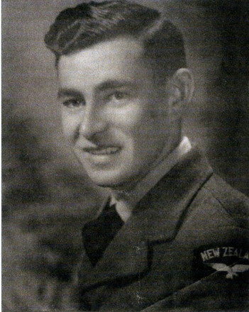 Portrait of NZ442158 George Harold Brewer - This image may be subject to copyright