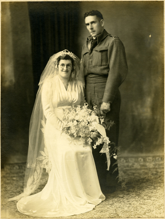 Wedding, WW2 of Clarence Copeland (22263) and Ivis Ruby Copeland, Hamilton (provided by his daughter Jennifer Copeland October 2012) - This image may be subject to copyright
