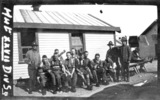 Isolation Camp, WW1, XXVII Div Sgnls, group of soldiers outside army hut, washing on line - No known copyright restrictions