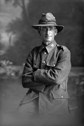 3/4 portrait of Trooper Alfred Couldrey, Reg No 13/2028, of the Auckland Mounted Rifles, 6th Reinforcements (Photographer: Herman Schmidt, 1915). Sir George Grey Special Collections, Auckland Libraries, 31-C312. No known copyright.