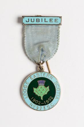 badge, lodge 2001.25.629