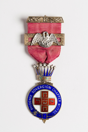 badge, lodge 2001.25.630