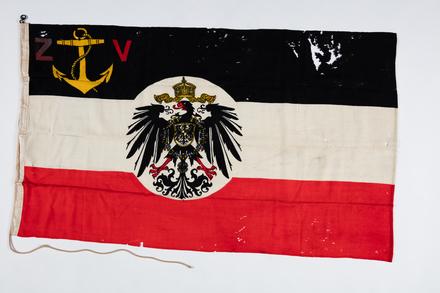 flag, ensign F051