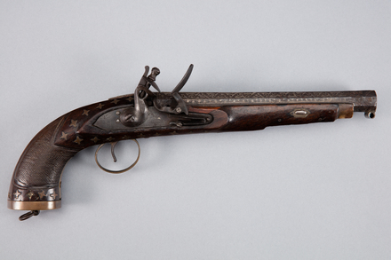 pistol, flintlock, 1946.84, W1050, Photographed by Andrew Hales, digital, 23 Jan 2017, © Auckland Museum CC BY