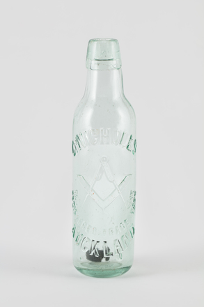 bottle, mineral water, 2014.24.56, 35/2, Photographed by Richard NG, digital, 02 Jun 2017, © Auckland Museum CC BY