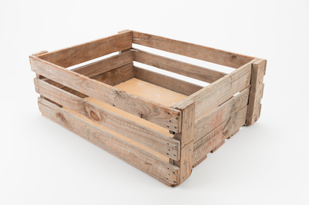 crate, wooden, 2014.19.192, #84, Photographed by Jennifer Carol, digital, 21 Jun 2017, © Auckland Museum CC BY