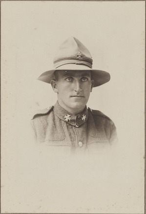 Portrait of Sergeant Major Frank W Johnsen MM, FL20418483 Archives New Zealand, Image may be subject to copyright restrictions.