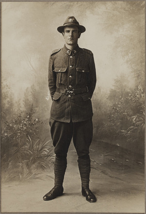 Portrait of Private Ceil James Dallard, Archives New Zealand, AALZ 25044 4 /    F1766 33. Image is subject to copyright restrictions.