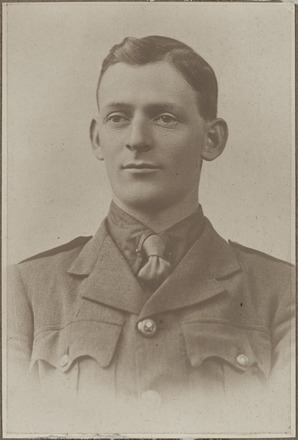 Portrait of Lieutenant Allan Richmond Cockerell, Archives New Zealand, AALZ 25044 5 / F1865 35. Image is subject to copyright restrictions.
