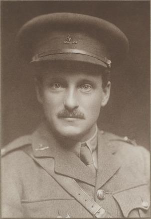 Portrait of Lieutenant Arthur Desmond Herrick, Archives New Zealand, AALZ 25044 1 / F758 26. Image is subject to copyright restrictions.