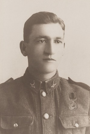 Portrait of Lieutenant James Albert Taylor, Archives New Zealand, AALZ 25044 5 / F1933 67. Image is subject to copyright restrictions.