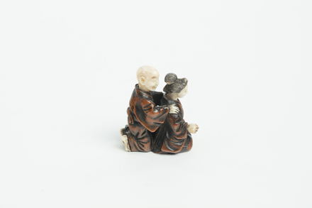 netsuke, 1934.316, 20784, 20784.8, 20784.10, M177, Photographed by Richard Ng, digital, 01 Feb 2019, © Auckland Museum CC BY