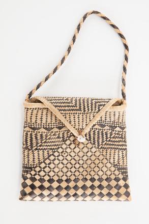bag, 1948.307, 30700, Cultural Permissions Apply