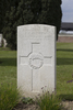 Headstone of Private Leslie Clapham Batten (41469). Nine Elms British Cemetery, Poperinge, West-Vlaanderen, Belgium. New Zealand War Graves Trust (BEDA9543). CC BY-NC-ND 4.0.