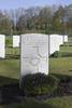 Headstone of Private Percy Frederick Dobbie (6/3300). Underhill Farm Cemetery, Comines-Warneton, Hainaut, Belgium. New Zealand War Graves Trust (BEEI7510). CC BY-NC-ND 4.0.