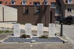 Headstone of Sergeant Evan Bertram Te Makahi Robertson (404556). Westkerke Plot of Honour, Oudenburg, West-Vlaanderen, Belgium. New Zealand War Graves Trust (BEEP9674). CC BY-NC-ND 4.0.
